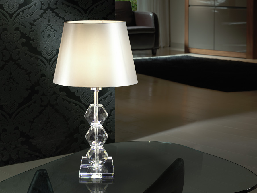 Schuller Corinto asztali lámpa